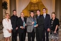 Le Prix du public revient à la Société de transport de Laval pour le projet Feux prioritaires intelligents. Le Prix Transport collectif revient à la Société de transport de Laval pour le projet Mesures préférentielles pour bus.