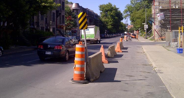 Signalisation de travaux routiers urbains