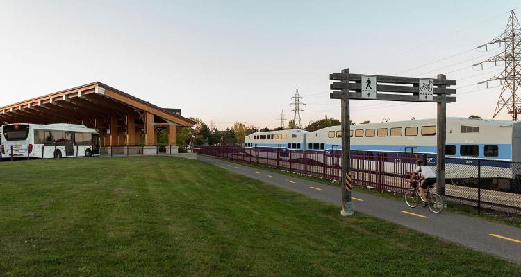 Une nouvelle gouvernance pour le transport collectif dans la région métropolitaine de Montréal : levier pour une planification intégrée, mobilisatrice et structurante.jpg