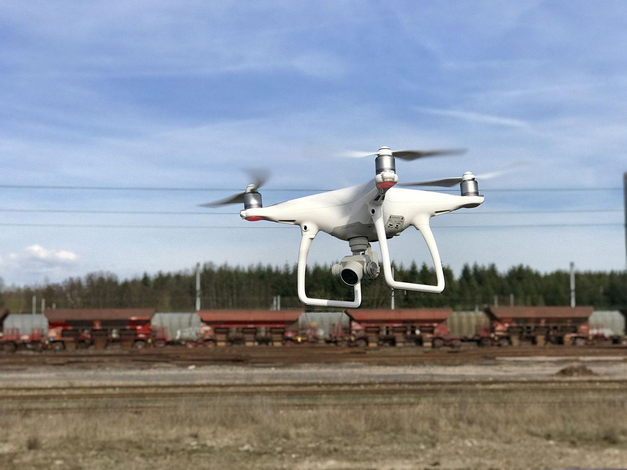 drupal-figure1-drone-phantom-4-equipe-dun-appareil-photo-pour-la-photogrammetrie.jpg