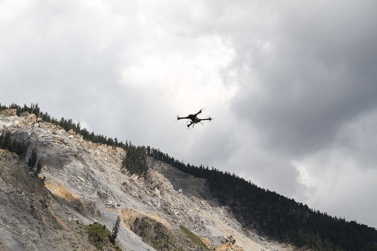 drupal-figure3-drone-ricopter-equipe-dun-lidar-en-operations.jpg